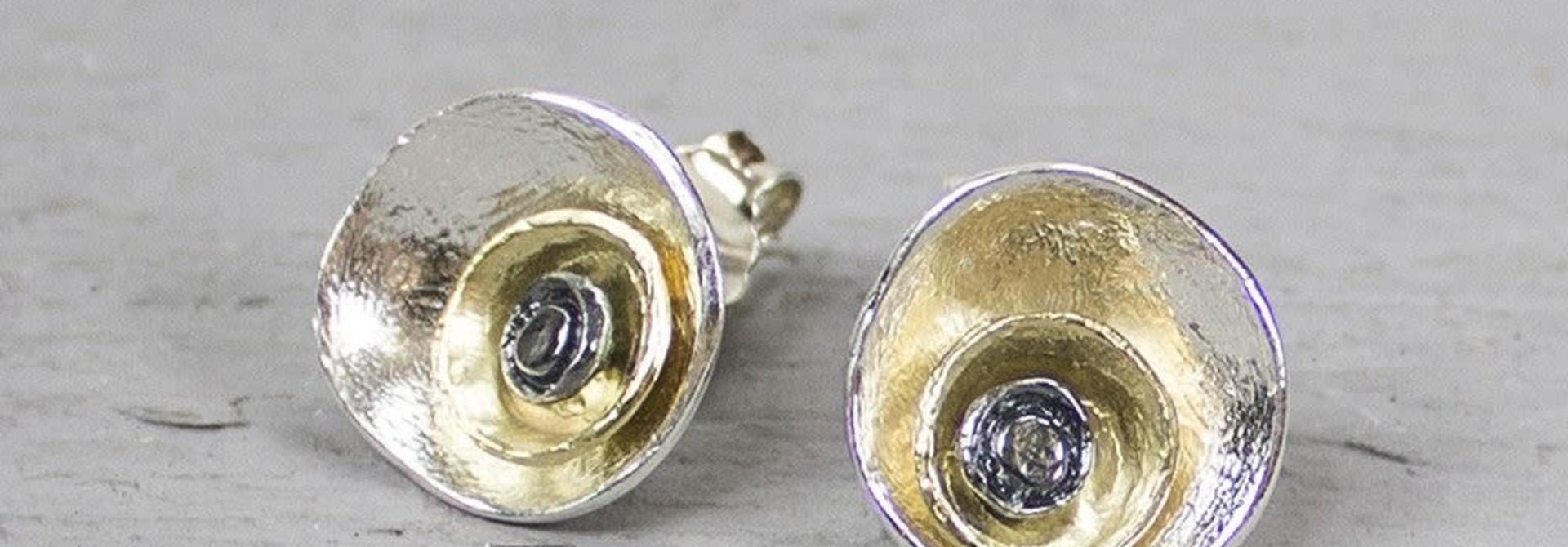 19213 - Oorsteker zilver oxy / wit