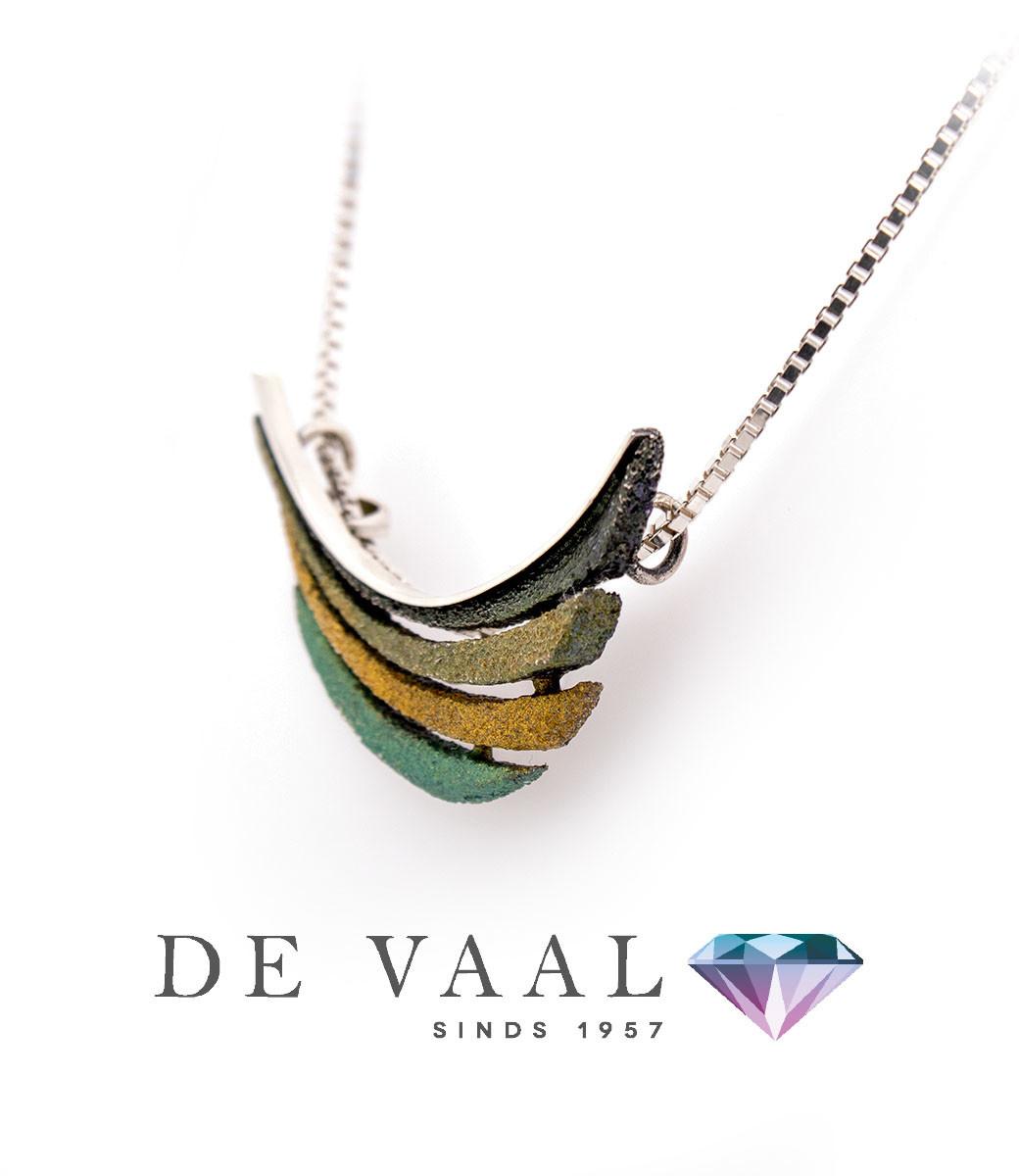 Bori green small pendant-3