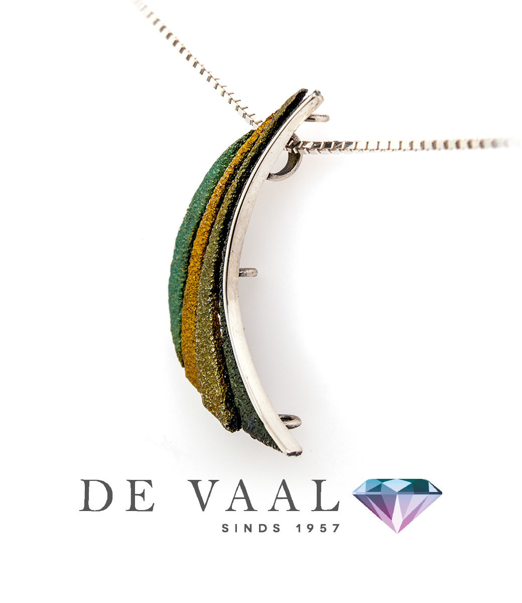 Bori green small pendant-5