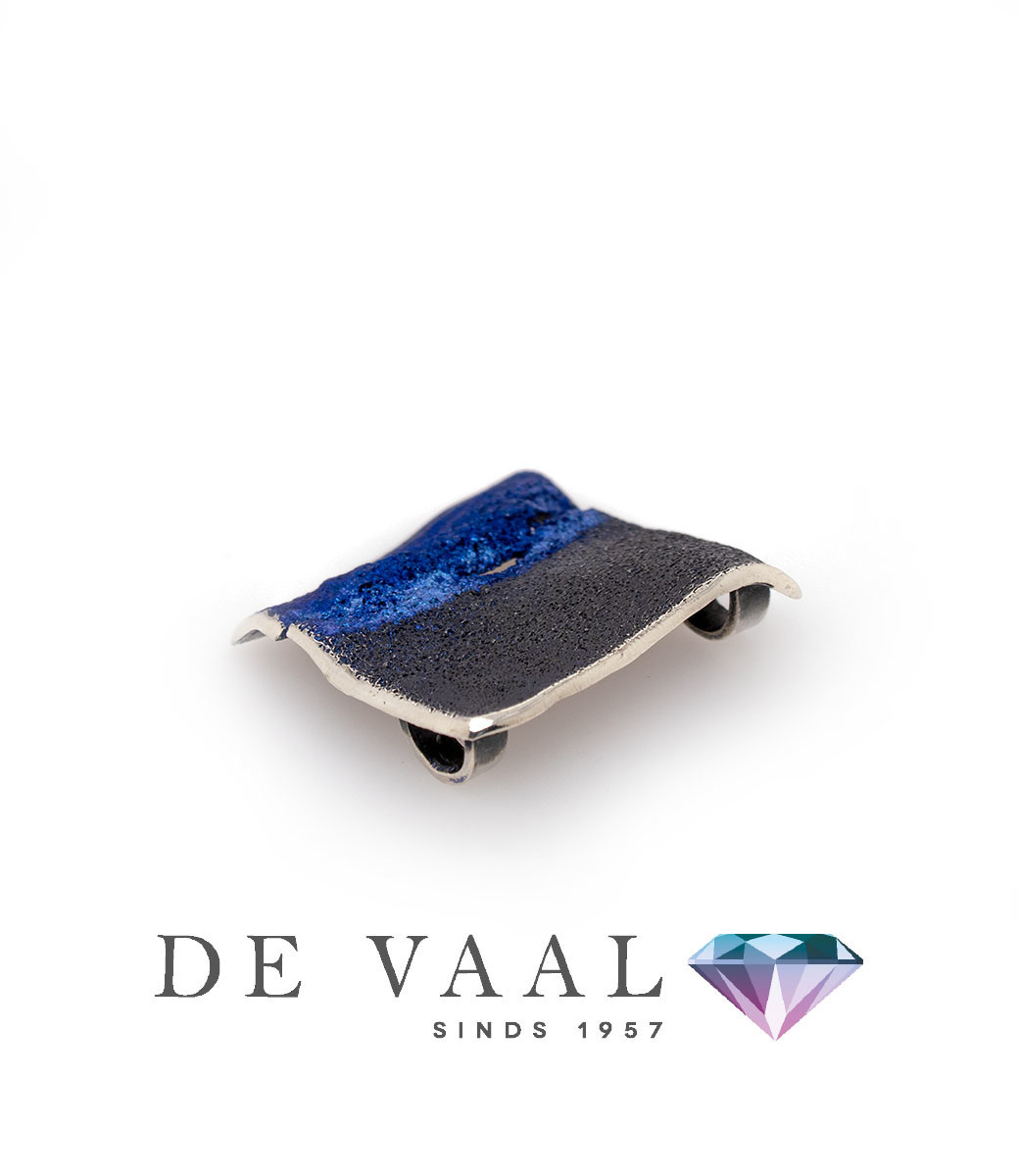 Electric-blue Electric pendant-4