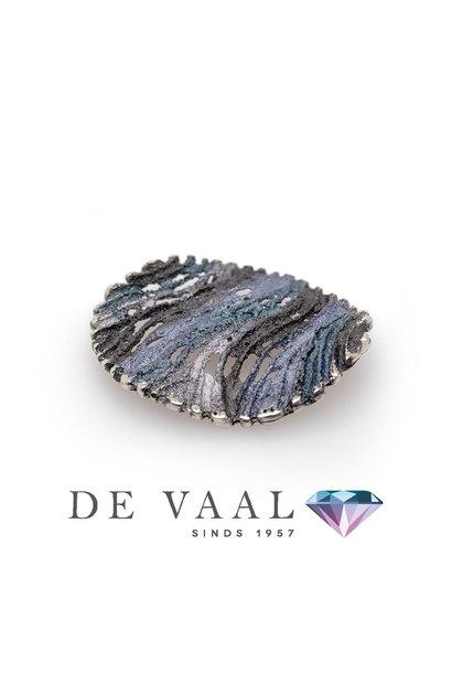 Maia grey pendant