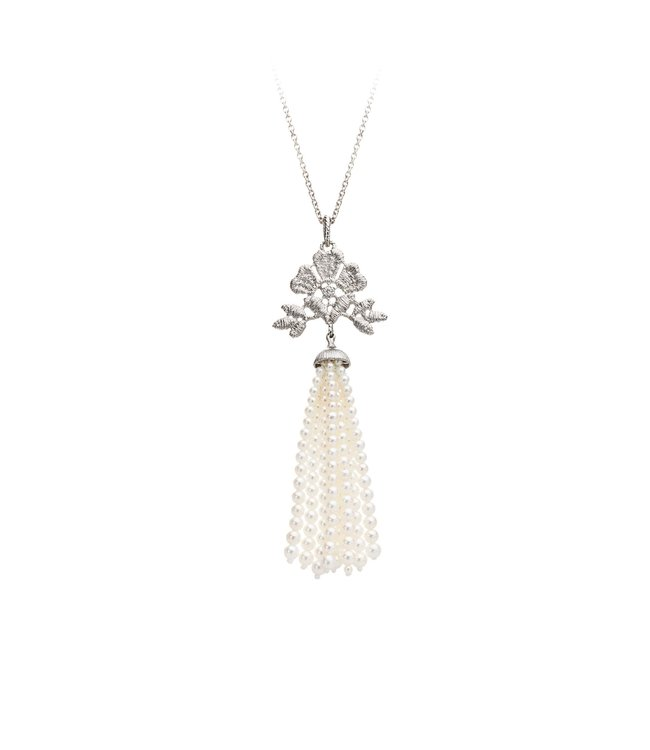 """Necklace pendant """"Aida tassel"""" in silver with fresh water pearl tassels"""