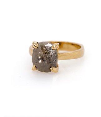 W. de Vaal W. de Vaal - Ring 14krt Yellow gold with Rose diamond.