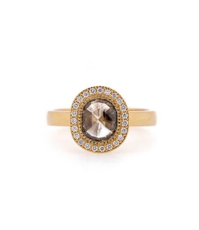 W. de Vaal W. de Vaal - Ring 14krt Geelgoud met Roos diamant.