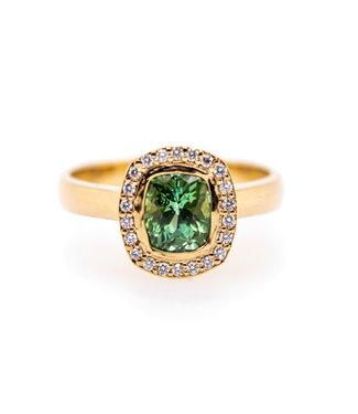 W. de Vaal W. de Vaal - Ring 14krt Geelgoud met Toermalijn 1,19crt & Diamant 0,11crt (3046)
