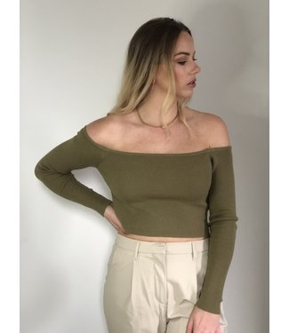 Na-Kd Off shoulder knitted top