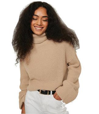 Na-Kd Wide sleeve beige sweater