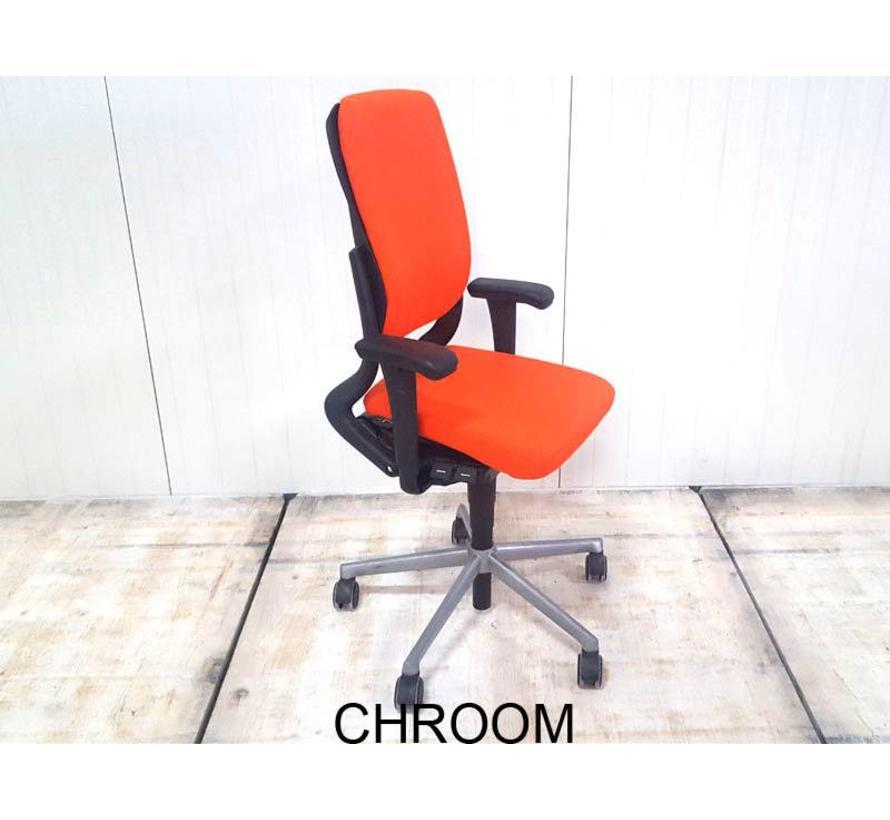 Bureaustoel 30 Euro.Ahrend 230 Bureaustoel Oranje Nieuw Gestoffeerd Hoge Rug