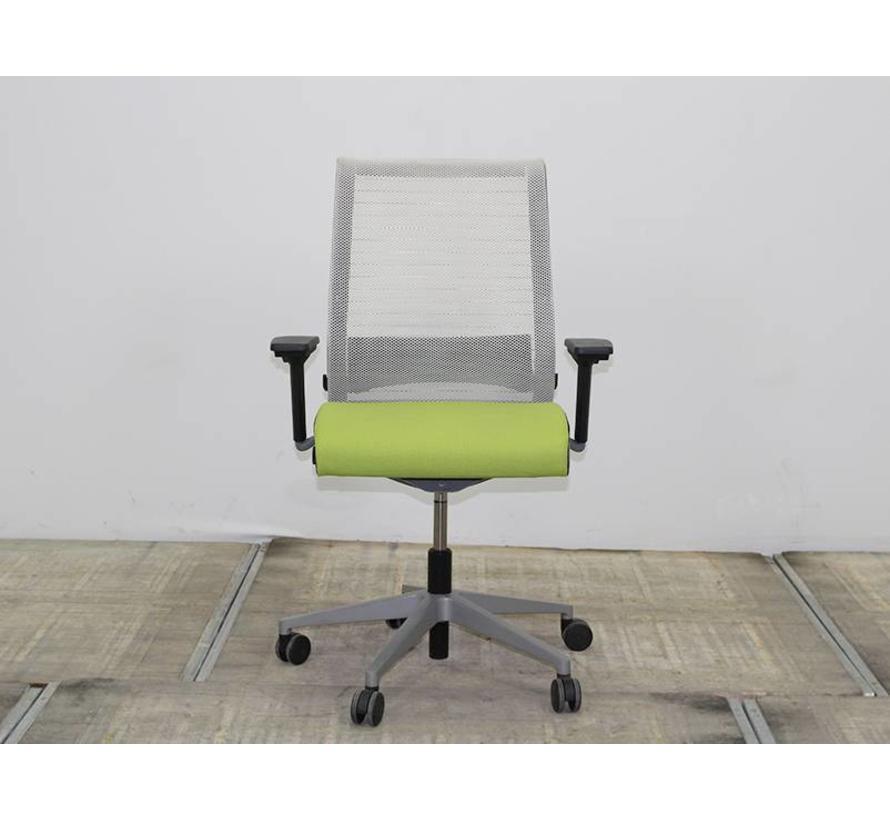 Bureaustoel 20 Euro.Steelcase Think Bureaustoel Groen Gebruikte Tweedehands