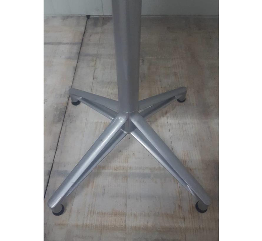 Interstuhl Ronde Statafel | Aluminium Kruisvoet