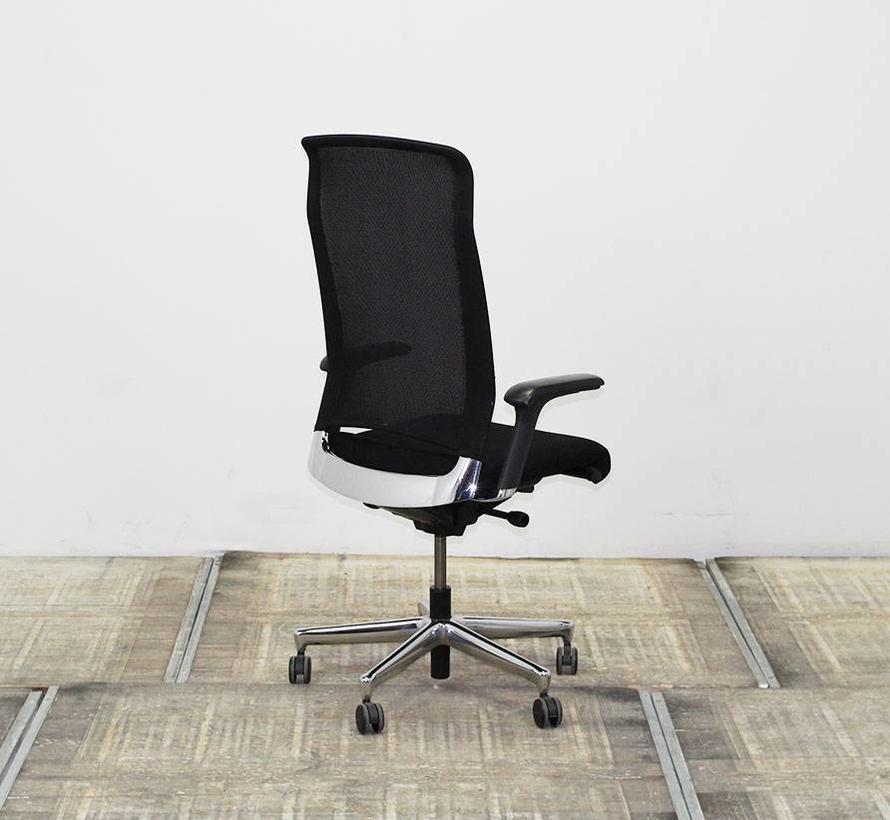 Interstuhl XL 372 Bureaustoel Zwart | Chroom Voetkruis
