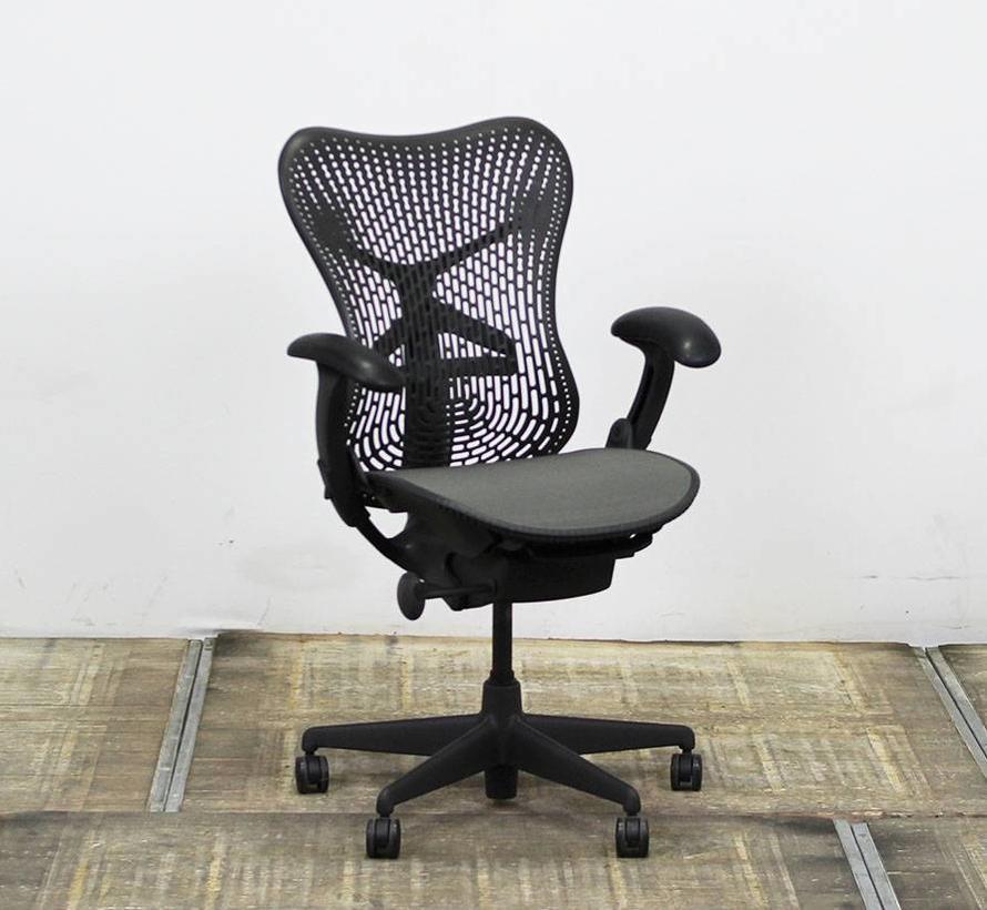 Herman Miller Mirra Bureaustoel | Zwart - Grijs