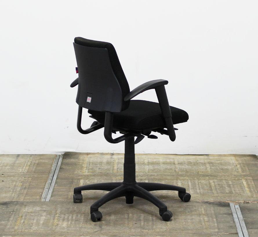 BMA Axia Bureaustoel Zwart | Nieuw Gestoffeerd - Middelhoge Rug