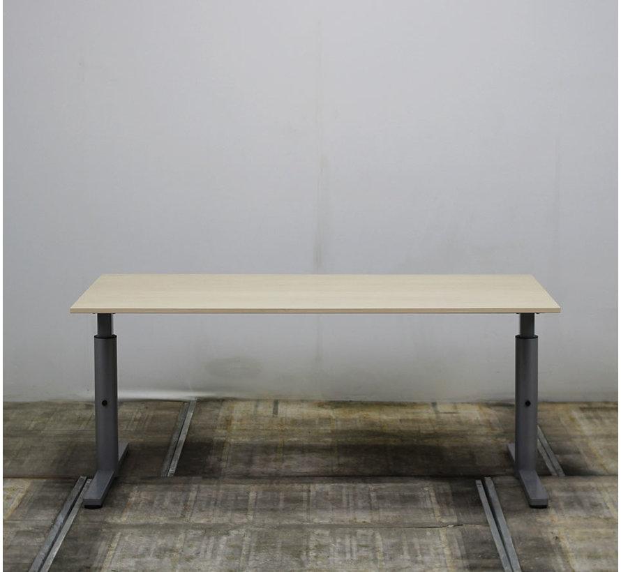 Gispen Knopbureau Ahorn | 160 x 80 cm