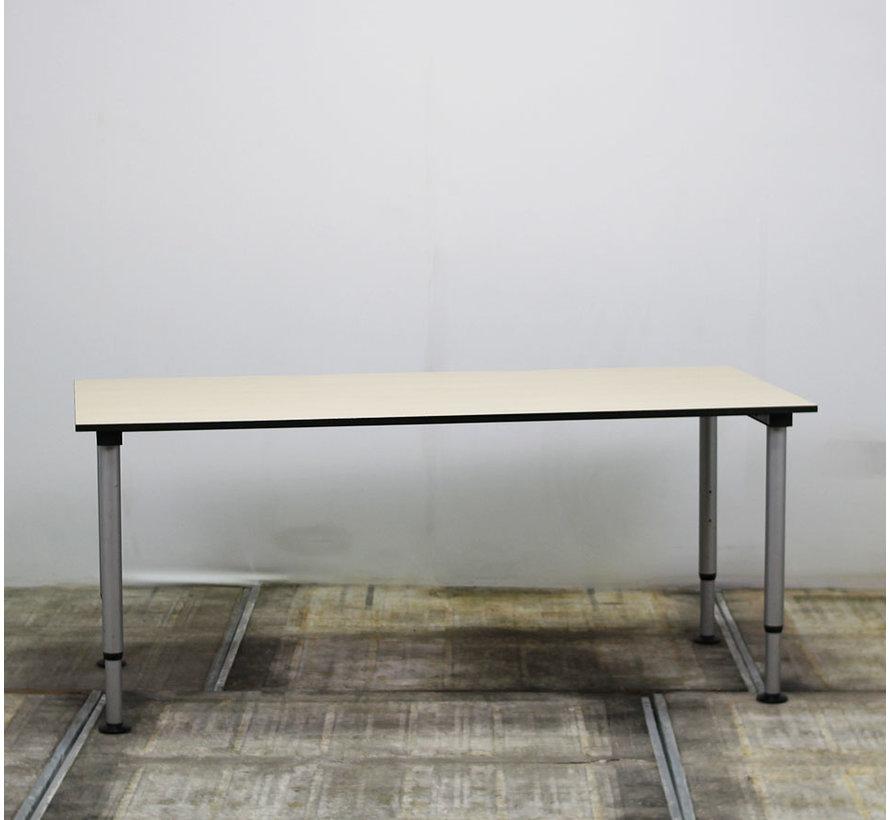 Gispen Next Inbus Bureau   180 x 80 cm