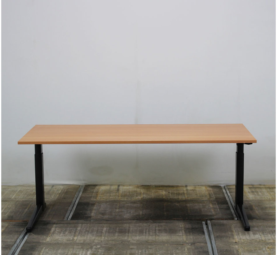 Ahrend Slingerbureau Rechthoekige Poot   180 x 80 cm - Donker Beuken