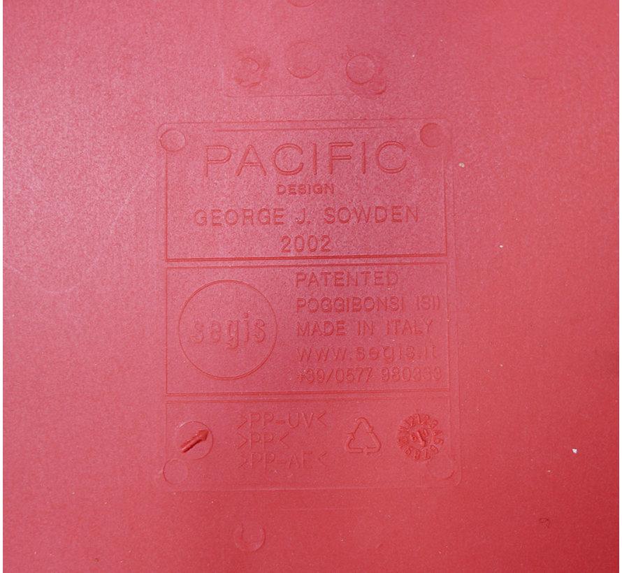 Segis Pacific Stoel Rood