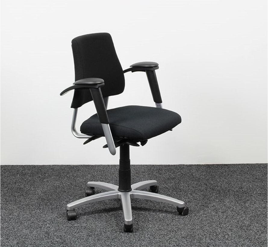BMA Axia Bureaustoel Zwart   Nieuw Gestoffeerd