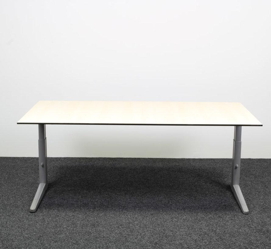 Ahrend Essa Knopbureau Licht Essen - 180 x 100 cm