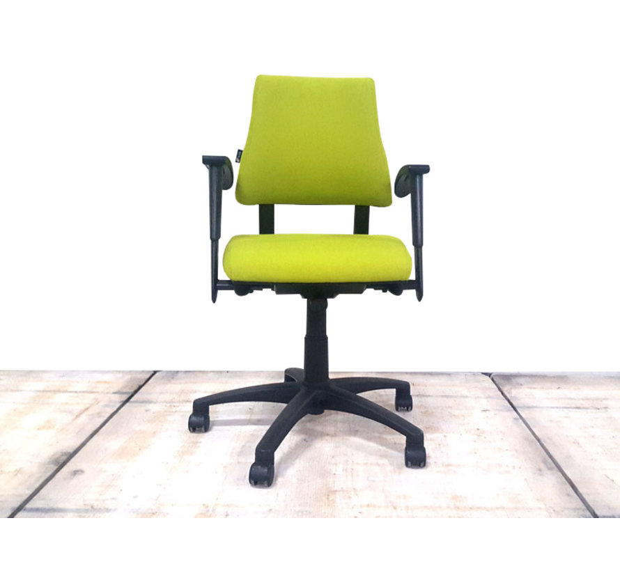 BMA Axia Bureaustoel Lime Groen | Nieuw Gestoffeerd - Middelhoge Rug