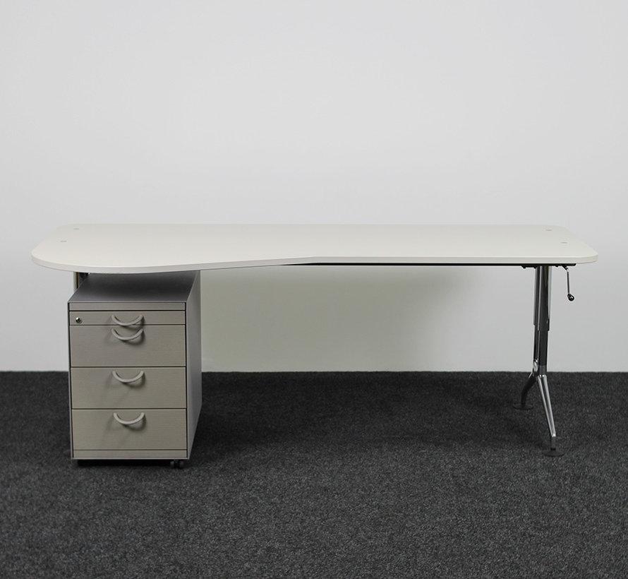 Vitra Ad Hoc Slingerbureau - 200 x 80/100 cm | Inclusief Ladeblok