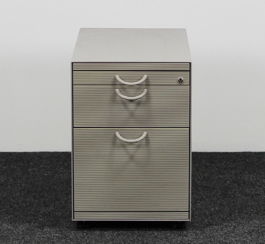 Vitra Ladeblok 3-Laden Grijs   60 x 42 x 77 cm