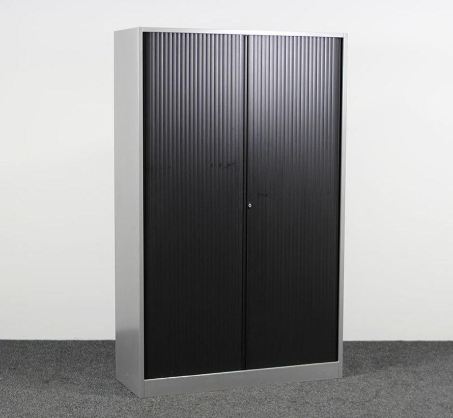 Ahrend Roldeurkast Zwart / Grijs   195 x 120 x 45 cm