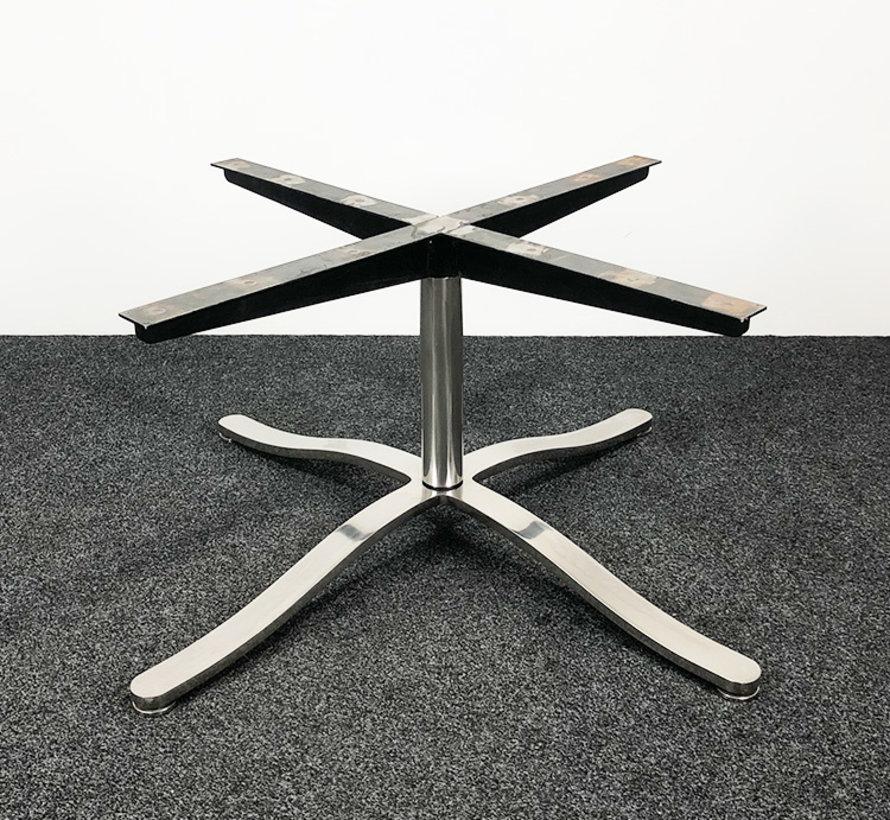 Nicos Zographos TA2 Design Tafel Onderstel