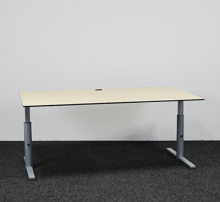 Gispen TM Knopbureau - 180 x 100 cm Ahorn Blad