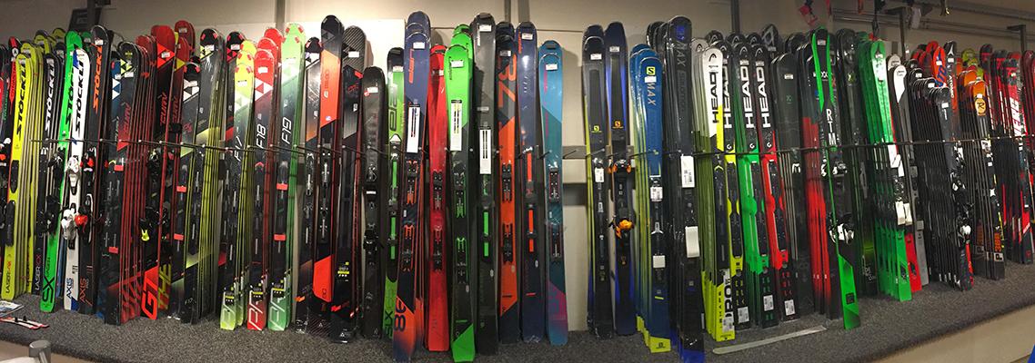 Ski's bij Skicentrum Heemskerk