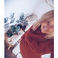 Rust sweatshirt mama Love