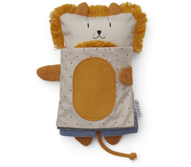 Karlo sensory book Lion mix