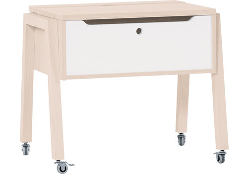 Vox SPOT Table with a raised worktop