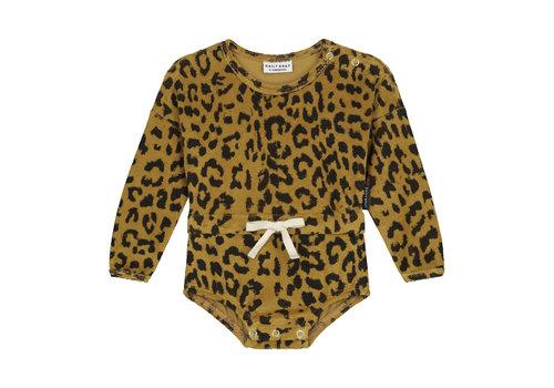 Daily Brat Joe leopard suit long sleeve sandstone