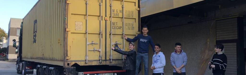 Endlich ist unser neuer Container aus China eingetroffen.