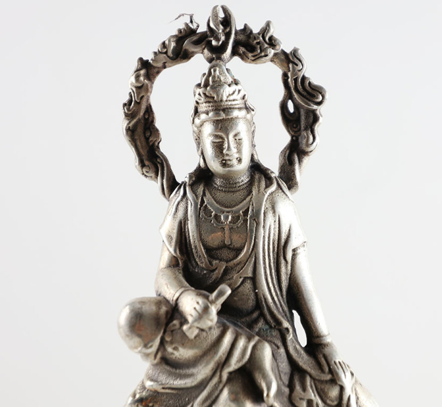Kuan Yin goddess of mercy Avalokiteshvara