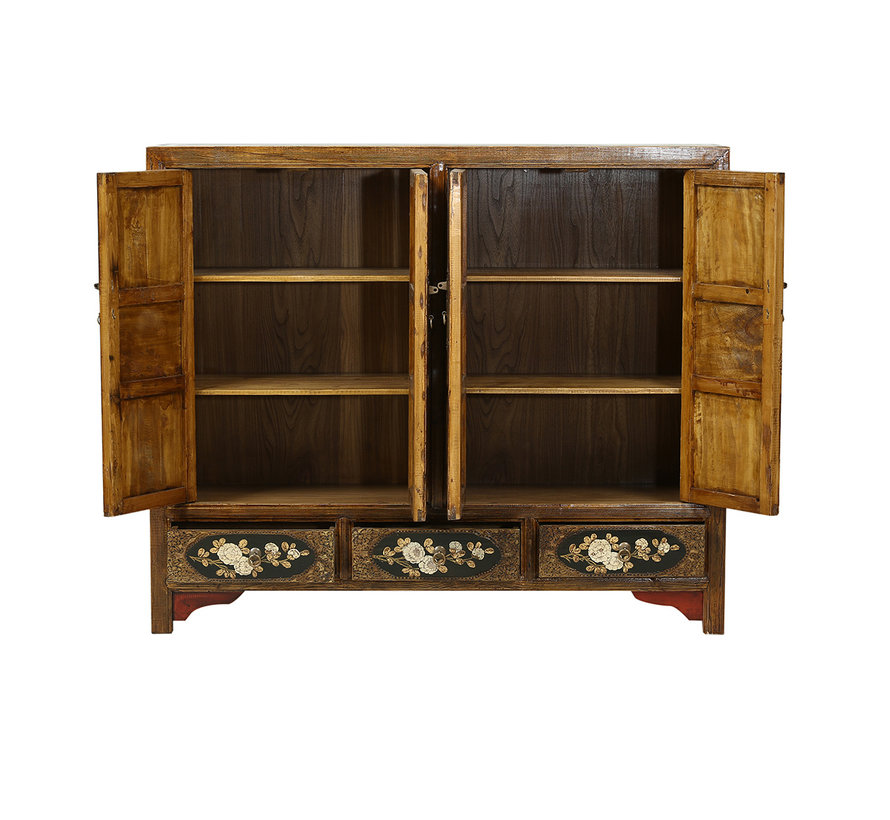 Antikes Sideboard aus China mit Schnitzereien