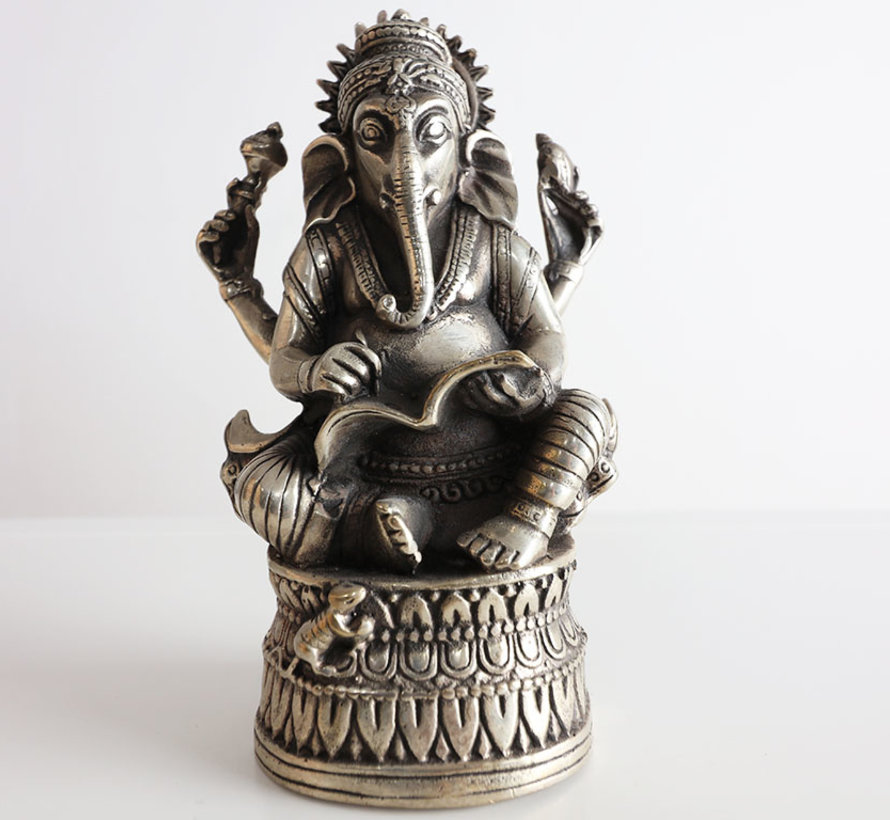 Ganesha god of wisdom and wealth Tibet China brass figures