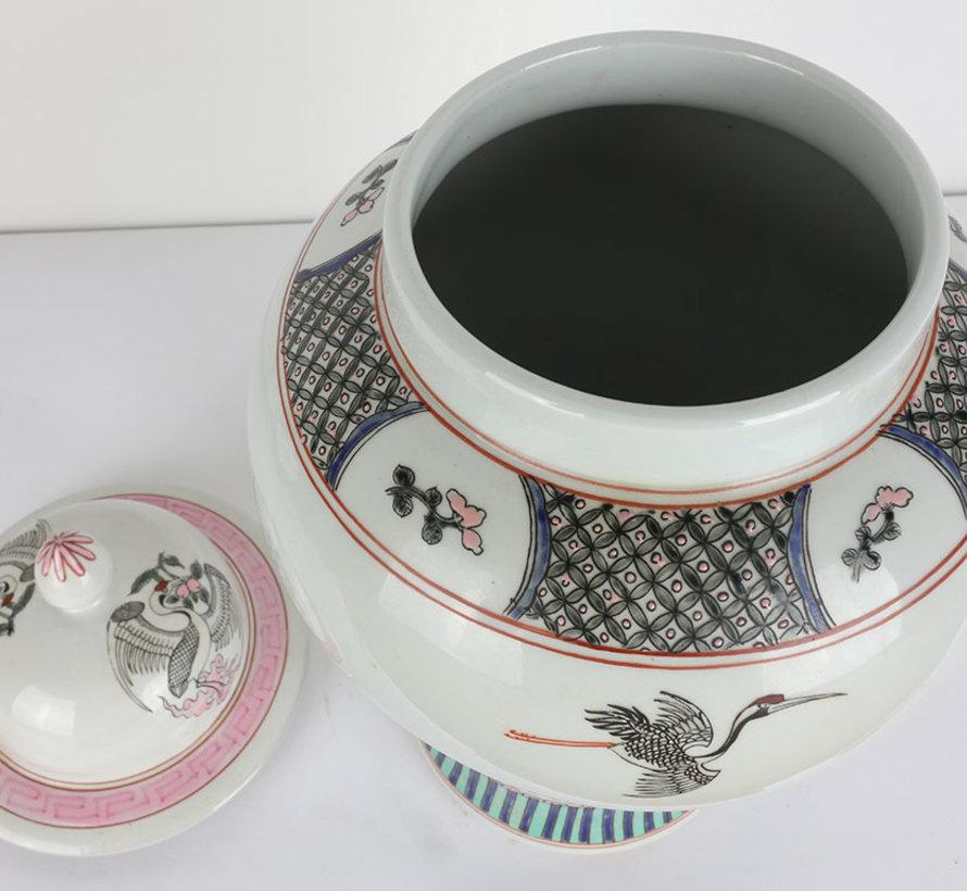 Chinese porcelain lidded vase 40 cm high Ø 25cm hand painted