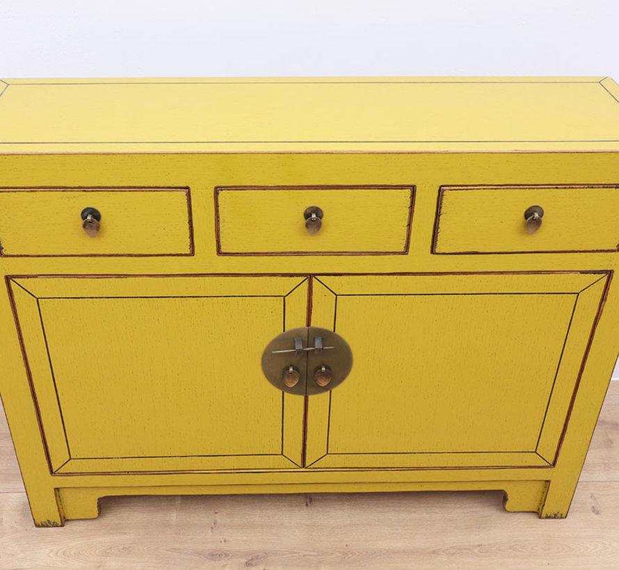 Chinese dresser  Oriental / Asian style black yellow