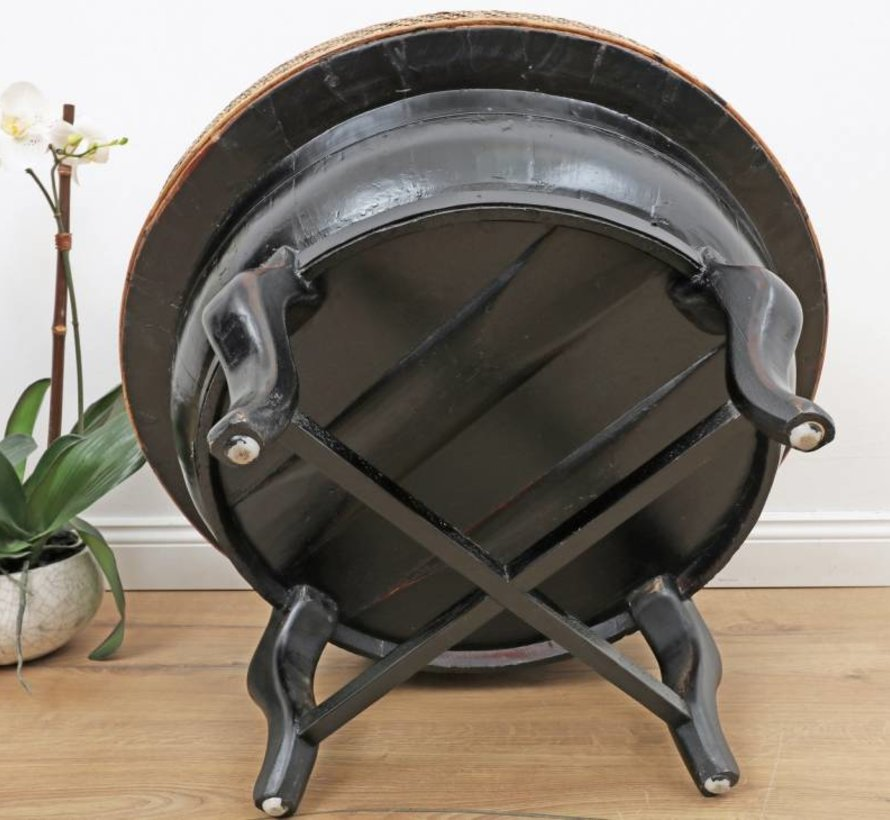 Alter runder Tisch, schwarz, Bambusgeflecht Metallgürtel