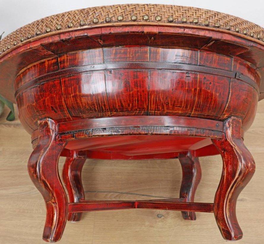 Alter runder Tisch Bambusgeflecht Metallgürtel rot