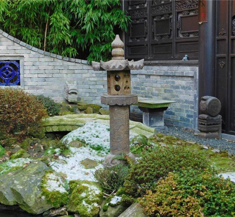 Chinesische Steinlaterne mit Drachenmotiv für Balkon & Garten