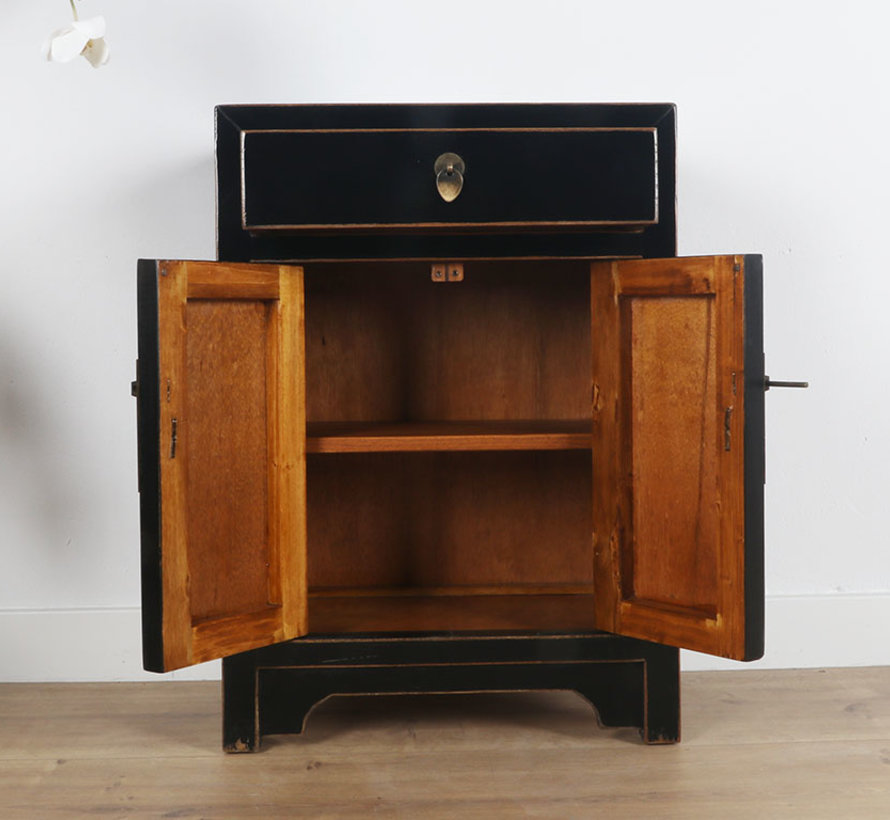 Chinese dresser  Oriental / Asian style black