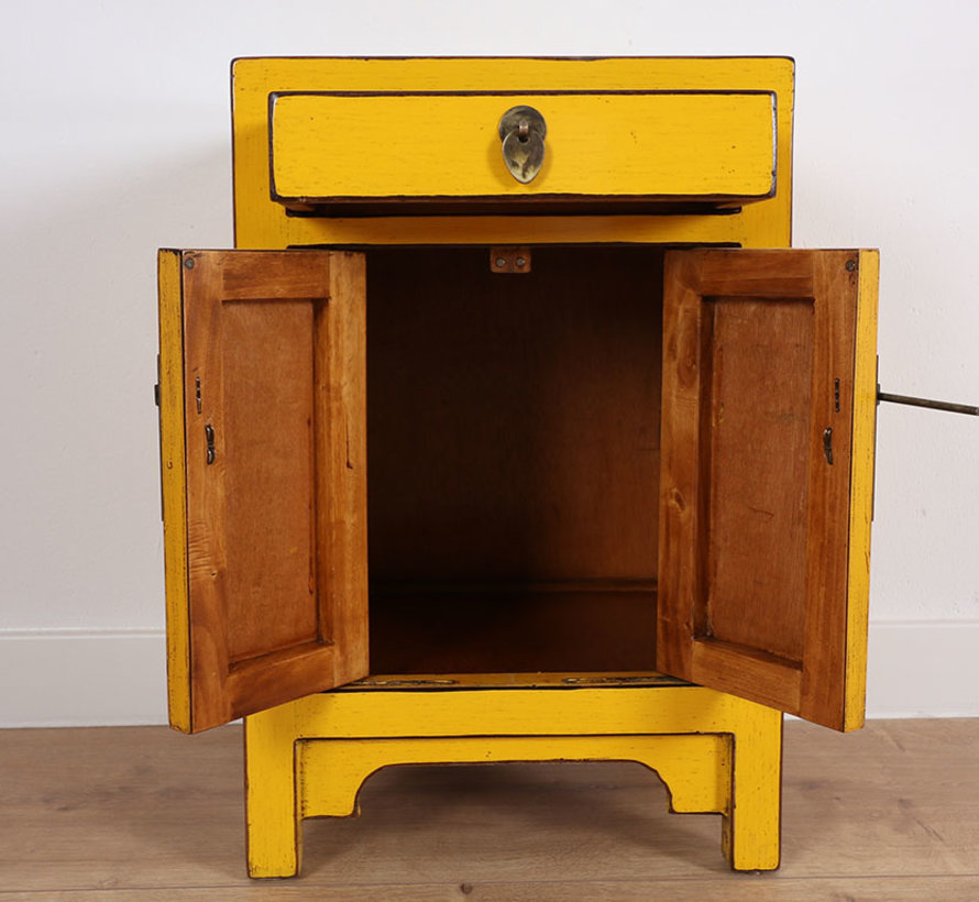 Chinese dresser  Oriental / Asian style yellow
