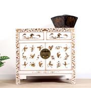 Yajutang chest hand-painted butterflies white