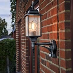 Buiten staande wandlamp Milano met bewegingsmelder