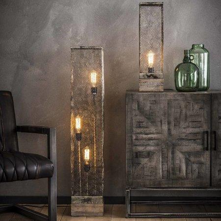 Vind hier de houten vloerlamp die het best in het interieur past