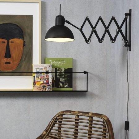 Vind hier de perfecte zwarte wandlamp voor je interieur.