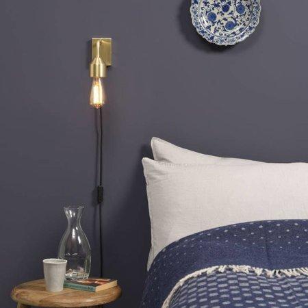 Vind hier de perfecte gouden wandlamp voor je interieur.